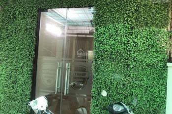 Chính chủ cho thuê gấp nhà nguyên căn 4 tầng full đồ, 3 bước ra mặt đường Nguyễn Công Hoan, Ba Đình