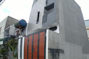 Cần bán nhà 1 trệt, 2 lầu, sân thượng, sân đậu xe hơi, PK, Quốc lộ 1K, P. Linh Xuân