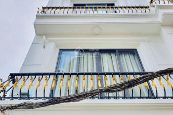 Bán căn nhà duy nhất tại ngõ 85 Cổ Linh ,Thạch Bàn, Long Biên, Hà Nội, gía 2.4 tỷ LL 0986 892 307