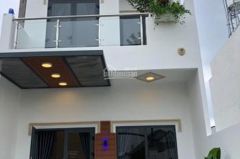 Nhà mới xây đường nhựa 2 xe tải đường DX 043, phường Phú Mỹ