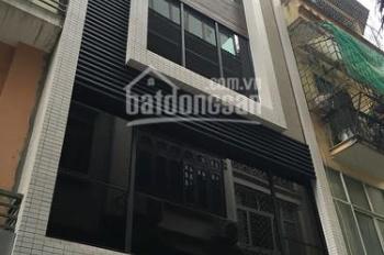 Chính chủ bán nhà phân lô phố Văn Cao 45m2 x 5t đường 8m ô tô vào nhà