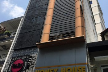 Cho thuê nhà phố mặt tiền Hoàng Sa, Q3, 132 m2 (6m x 22m), 4 tầng, giá 70 triệu/tháng