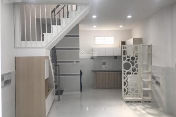 Nhà mới Dương Bá Trạc Q. 8, 1 lầu, DT: 4 x 8m, SHR, ĐT: 0909 428 425 (Mr. Tâm)