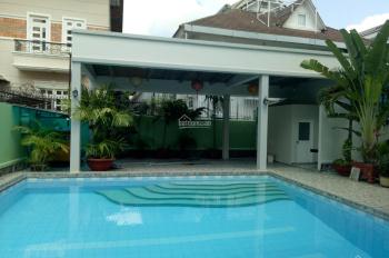 Cho thuê biệt thự Thảo Điền hồ bơi sân vườn 3 tầng 5PN, nhà đẹp như hình
