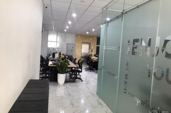 Cho thuê nhà MP Xuân Tảo 90m2 x 5,5T, nhà mới xây, tháng máy, thang bộ