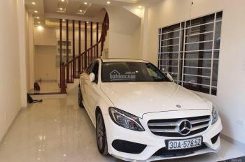 Cần bán nhà 5T, thiết kế theo phong cách Châu Âu, ô tô 7 chỗ vào nhà, nhà gần đường Trần Hữu Dực