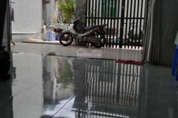 Bán gấp nhà C4, đường Đình Phong Phú, P. Tăng Nhơn Phú B, Q9