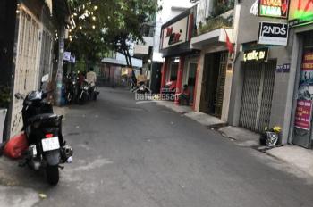 Bán nhà mặt tiền Đoàn Thị Điểm ND 5.5X20m 4 Tầng P1 Q. Phú Nhuận, giá chỉ có 18.5 tỷ. 0937820299