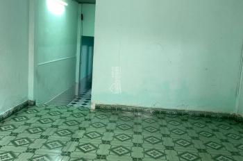 Nhà hẻm xe hơi Trường Chinh, Song Hành, 84m2, 3PN, 2 WC, 1PK giá 6tr/th. LH 0933796818