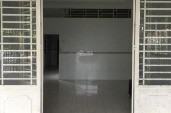 Cho thuê nhà hẻm 9 Lộ Ngân Hàng gần bờ hồ Bún Xáng giá 5 triệu