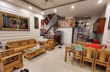 Bán nhà ô tô đỗ cửa phố Nguyễn Sơn, Long Biên DT 41m2 x 5 tầng, MT 5m, giá 4.42 tỷ LH: 0982503329