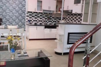 Cho thuê gấp nhà nguyên căn hẻm xe hơi 489/10 đường Huỳnh Văn Bánh, Phường 14, Quận Phú Nhuận