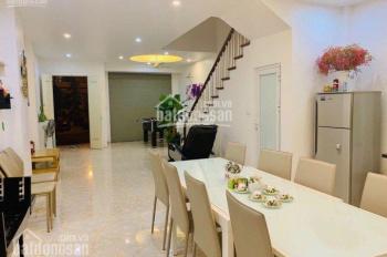 Cần bán nhà phố Pariver DT 75m2, 3.5 tầng, nhà đủ đồ đẹp, giá 6 tỷ bao phí, LH: 0966399881