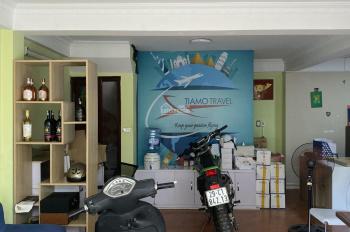 Cho thuê nhà ngõ 178 Tây Sơn, DT 60m2 x 5 tầng, mặt ngõ rộng đẹp, giá 20 tr/th LH 0932326975