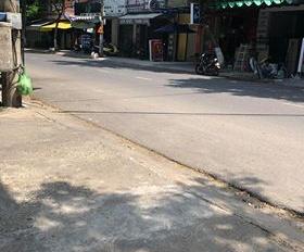 Bán nhà mới xây 3 tầng, mặt tiền đường Huỳnh Ngọc Huệ, Thanh Khê