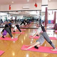Cho thuê bể bơi, sàn yoga, và gym, mặt đường Dương Đình Nghệ, đẹp đông dân cư và văn phòng