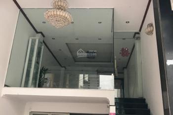 Cho thuê cả nhà hoặc bán nhà mặt phố cổ 28D Phạm Hồng Thái