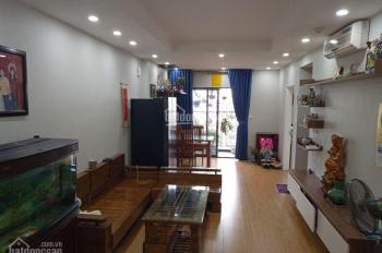 Bán gấp căn 2 PN, 2 Wc, full nội thất, tại tòa T Goldsilk, giá cực rẻ - ban công Đông Nam.