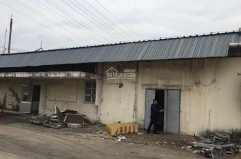 Cho thuê kho Xa Lộ Hà Nội - diện tích 600m2 - Giá thuê 100 nghìn/m2/th - đường container