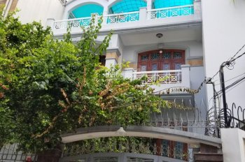 Cho thuê nhà hẻm xe hơi đường Nguyễn Văn Trỗi, Phú Nhuận; DT: 8,2x22m2, 4 tầng