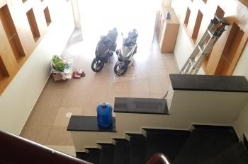 Bán nhà phố Văn Cao độc lập dân xây ô tô vào nhà DT 68m2 gồm 4 tầng, WC khép kín trong phòng ngủ