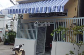 Cho thuê nhà 4.2x16m 4PN 2WC, Q11 gần cầu Cây Gõ, HXH