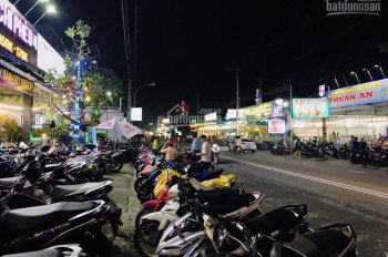 Chủ nghỉ hưu cần bán nhà hàng dịch vụ karaoke doanh thu gần một tỷ tháng KDC Việt Sing Thuận An