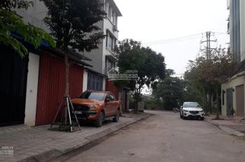 Cho thuê nhà mặt đường tại Thạch Bàn