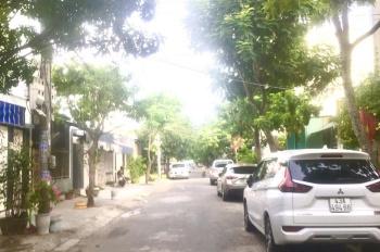 Bán lô đất mặt tiền đường Nguyễn Giản Thanh, DT: 90m2. Giá 3,85 tỷ có TLCC