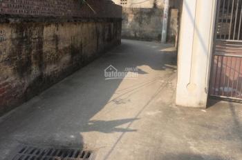 Chính chủ bán đất Tổ 8 Thạch Bàn Long Biên, DT 67.5m2, hai mặt thoáng