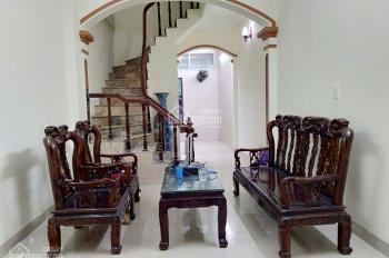 Bán nhà Ba La Hà Đông 40m2, giá 2.95 tỷ