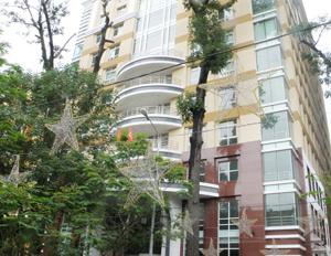 Bán tòa nhà CHDV Bạch Đằng, Bình Thạnh, DT 8x20m, trệt 4 tầng, thu nhập 80 tr/th 18 CHDV, 24 tỷ