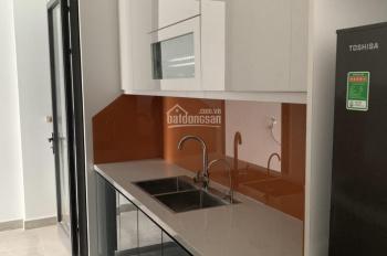 Cho thuê CC cao cấp 378 Minh Khai 3PN 2WC, tủ bếp, kệ bếp, 4 điều hòa, rèm, 12tr/th, 0968760400