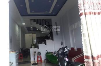 Bán nhà 1 trệt 1 lầu, 4x15m, 2PN, SHR gần chợ đường Phan Văn Hớn giá 2.2 tỷ dọn vào ở ngay