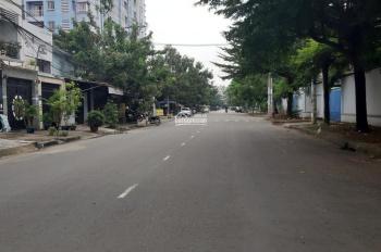 Bán nhà MT nội bộ Nguyễn Cửu Đàm, DT 4x26m, đúc 4 tấm, mới. Giá 11.5 tỷ