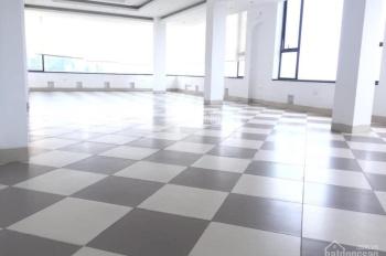 Cho thuê mặt bằng kinh doanh đường Trần Duy Hưng, Cầu Giấy. DT sử dụng 840m2