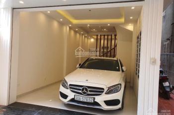Bán nhà nhanh phố Trần Cung, nhà xây mới cực đẹp, DT 52m2, ô tô 7 chỗ vào nhà, giá 4.6 tỷ