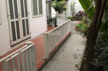 Chính chủ cho thuê biệt thự vườn DT 400m2 (15*25m) đường Đặng Thai Mai. Nhà 7PN, full NT, giá tốt