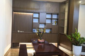 Bán nhà Kim Mã diện tích 43m2, xây 5 tầng, chỉ 5,7 tỷ