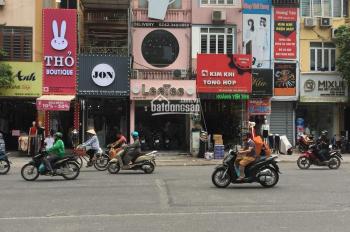 Cho thuê nhà mặt phố Nguyễn Trãi, quận Thanh Xuân, DT: 53m2 x 3 tầng, MT: 4.8m, giá mùa dịch
