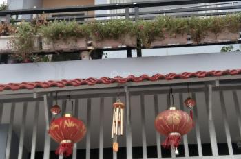 Chị mình cần bán căn nhà rất đẹp 1 trệt 1 lầu, đường Long Thuận Q9, đường trước nhà 13m
