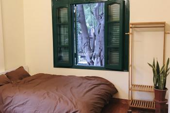 Cho thuê căn studio 4.5 triệu/tháng, đủ đồ trong nhà riêng 4 tầng phố Hàng Lược