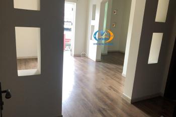 Cho thuê nhà MT Yên Thế, P2, TB, DT: 6.5x16m, trệt 4 lầu sân thượng, nhà mới sơn sửa, full máy lạnh