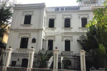 Cho thuê nhà mặt phố Quang Trung - Hoàn Kiếm DTSD 900m2, MT 20m, riêng biệt. LH: 0946850055