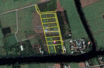 Bán đất sông - cây lâu năm - đường ô tô - khu dân cư - gần KCN - không dính quy hoạch - giá 2tr/m2