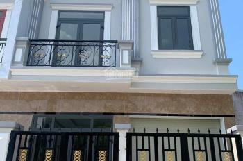 Chính chủ cần bán căn nhà mới xây có gara ô tô, tại Bình Chuẩn, Thuận An. LH chính chủ: 0975276955