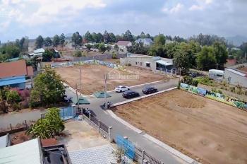 Cần bán lô đất gần chợ Hắc Dịch, giá 970 triệu 150m2 đường rộng 20m. LH 0909835925