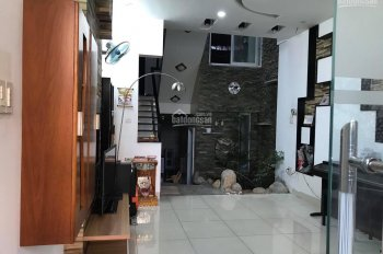 Nhà MT hẻm 98 Linh Đông, 1 trệt 1 hầm 4 lầu, DT: 82m2 (4.2x20), tặng full nội thất, sổ hồng