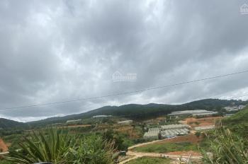 Bán lô đất xd 220m2, 2 mặt tiền, view đồi rất đẹp, ngay gần trung tâm tp Đà Lạt