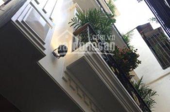Bán nhà MT ngõ 66 Hồ Tùng Mậu, Doãn Kế Thiện, Cầu Giấy 40m2 * 5T, ô tô 9 chỗ đỗ cửa. Giá 3,85 tỷ
